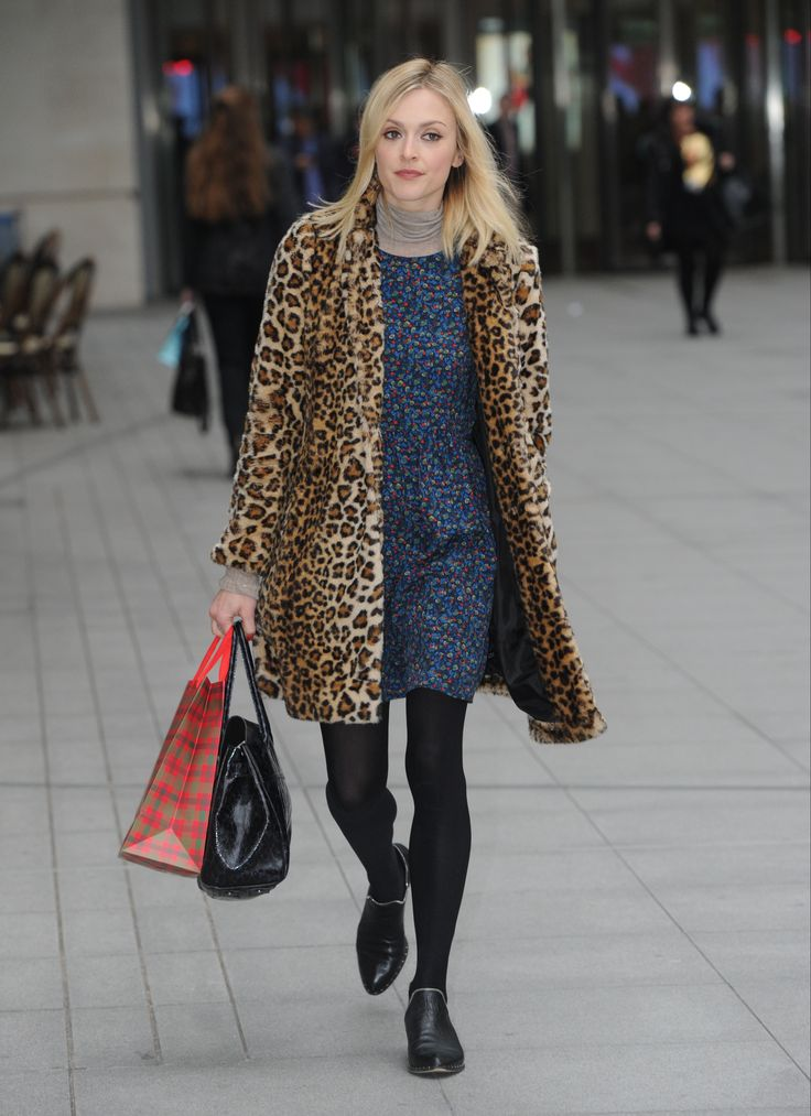 Fearne Cotton – BBC Radio 1 studios in London 01.12.14