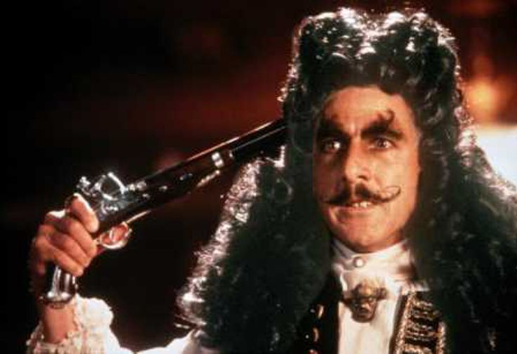 Hook (1991) Kapteeni Koukku - Actor Dustin Hoffman - Gun pointing to head (this kind of depth of antagonist charachter was something new for me at the time)