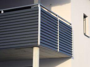 edelstahlgel nder mit aluminiumlamellen in anthrazit. Black Bedroom Furniture Sets. Home Design Ideas