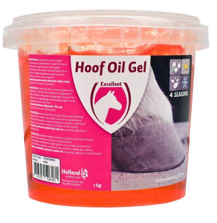 Hoof Oil Gel beschermt de hoeven tegen hoornkloven en afsplinteren. Houdt het hoorn elastisch en zorgt voor een mooie glans. Het trekt door de unieke samenstelling snel in de hoef.  Regelmatig gebruik zorgt voor een optimale conditie van de hoeven. Nu verkrijgbaar bij Modern Hippo voor €19,95