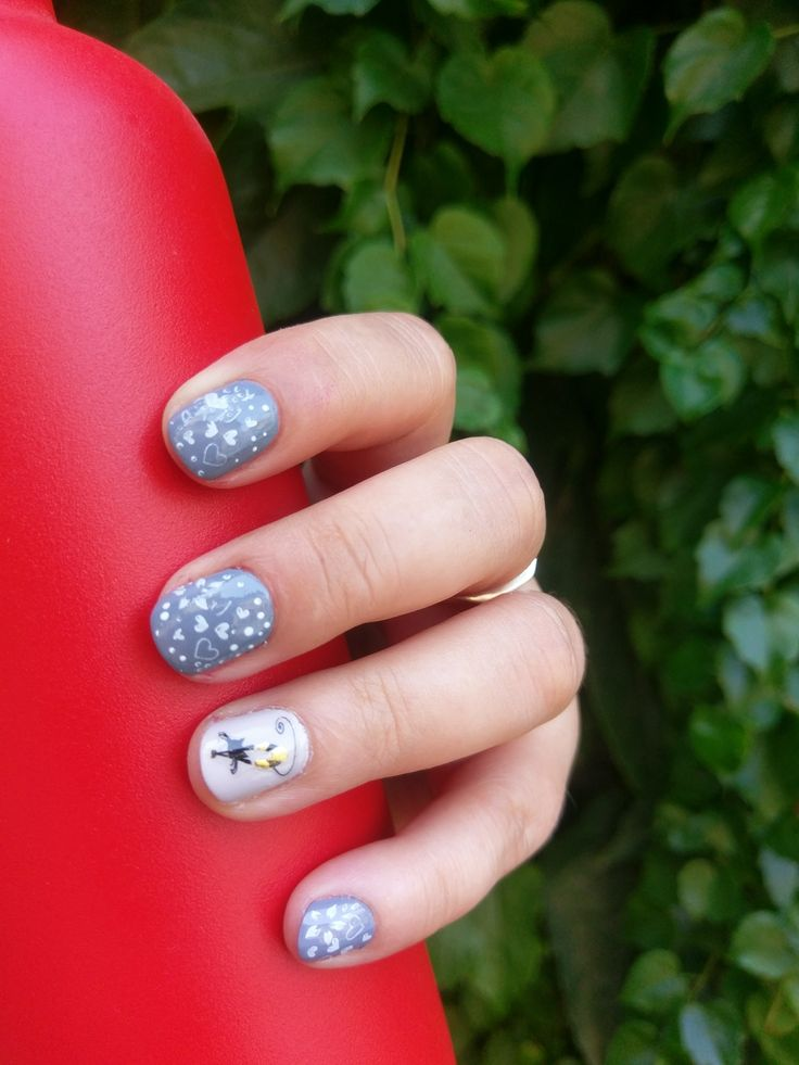 PAINT ME A STORY: Rimmel ... NAIL BASE & TOP COAT (7151); Rimmel ... GIVE IT SOME WELLY (806); Rimmel ... NAKED CLASS (804); Melkior ... WHITE SNOW (21801) #relaxitaxi #rimmel #melkior #nailart