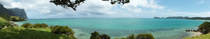 Lord Howe Island ist ein kleines Paradies ca. 600 km östlich von Sydney. Eine wunderschöne kleine Insel mit einem einzigartigem Korallenriff, schönen Stränden und Regenwald. Sie können schnorcheln, tauchen, wandern oder einfach nur die Seele baumeln lassen. Genießen Sie die Schönheit dieser einzigartigen Insel.