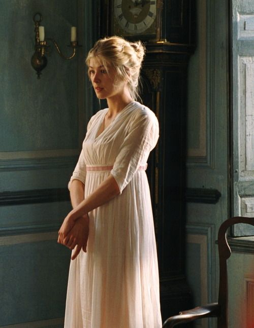 Rosamund Pike as Jane Bennet in Pride and Prejudice (2005). - Regency, c.1800