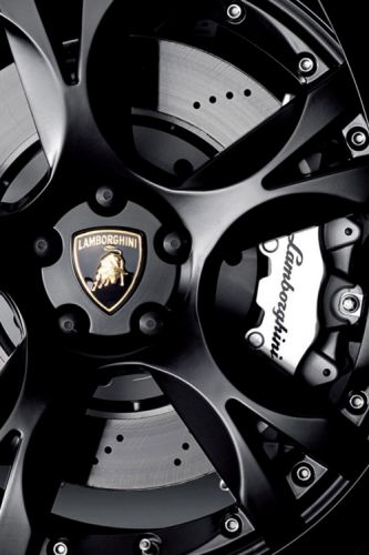 Lamborghini ●★LadyLuxury ★ See more sports car at www.freecomputerdesktopwallpaper.com/wcarssix.shtml