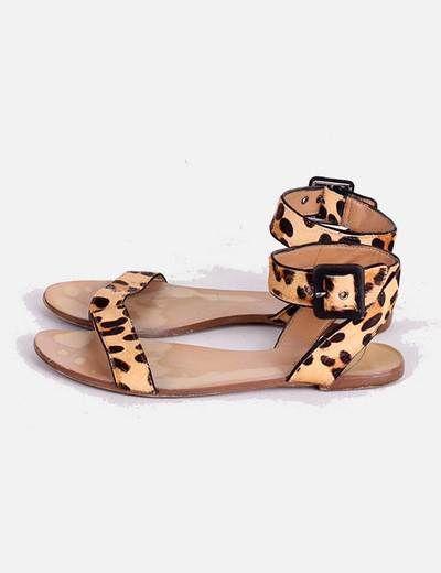 Sandalia de leopardo Zara