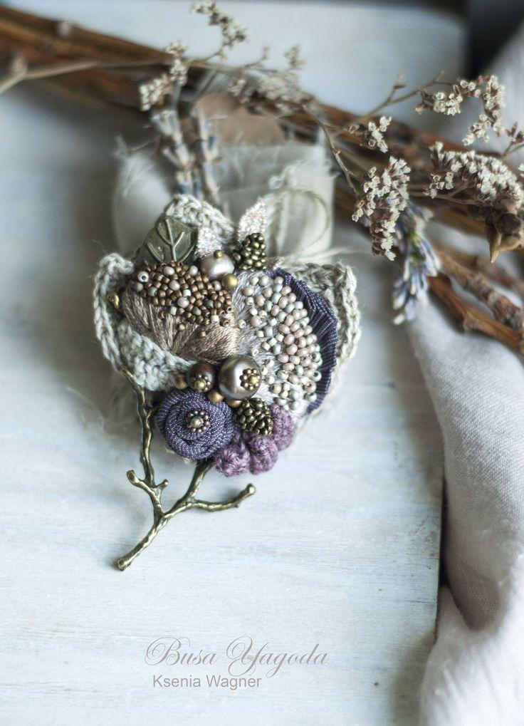 """Купить Брошь """"Деревце"""" - сиреневый, фиолетовый, деревце, веточка, брошь с камнями, брошь с вышивкой, ткани"""