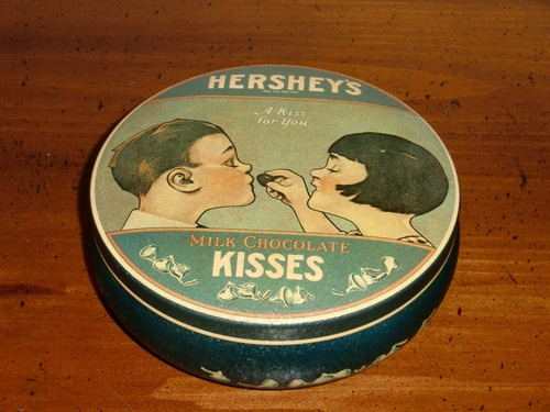 Hershey Foods Corp., 1982, Made in England, Milk Chocolate Kisses Tin, Very Good