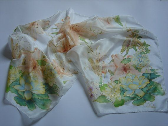 RISERVATO Sciarpa di seta dipinta a mano fiori di AdeleDaniele