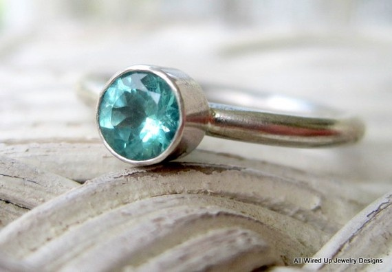 Apatite sterling stack ring - ppennee on Etsy.Small Things, Queens Jewels, Rings, Shinee Jewelry, Jewellery Boxes, Apatite Sterling, Glamour Puss, Dresses Room Jewels, Dresses Roomjewel