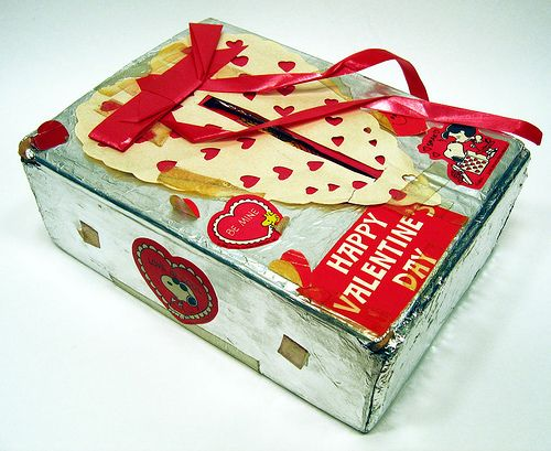 1970's School Valentine's Day Box by Neato Coolville, via Flickr