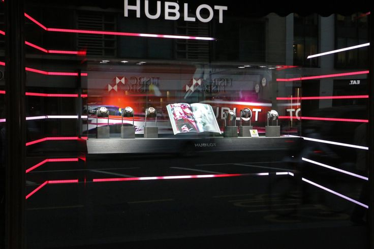 #Hublot on show @Harrods #London The two key innovations from Baselworld showcased in the most prestigious store in the world: Raptor2 and the magic book >>>more>>>http://dietlin.ch/page.php?id=1396&gr=371&nv=6