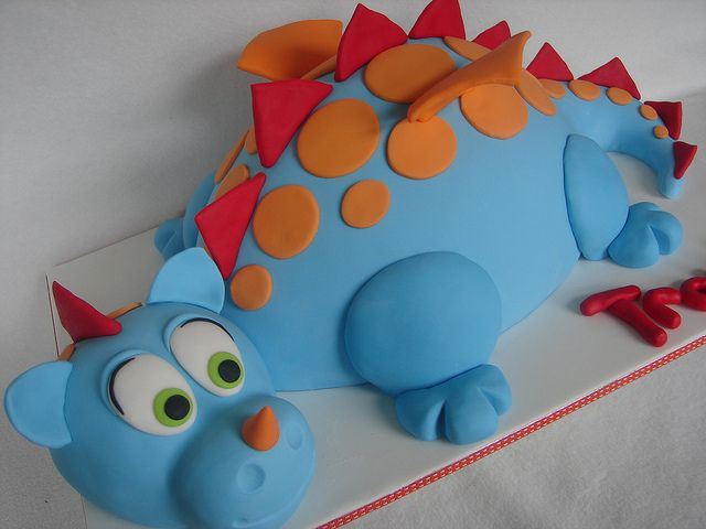 how to make a dragon cake | Dragon Cake | Flickr - Photo Sharing!