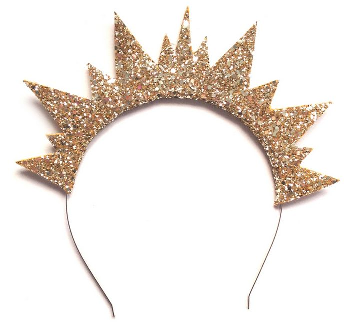 11 Queenly Hair Accessories To Wear This Spring