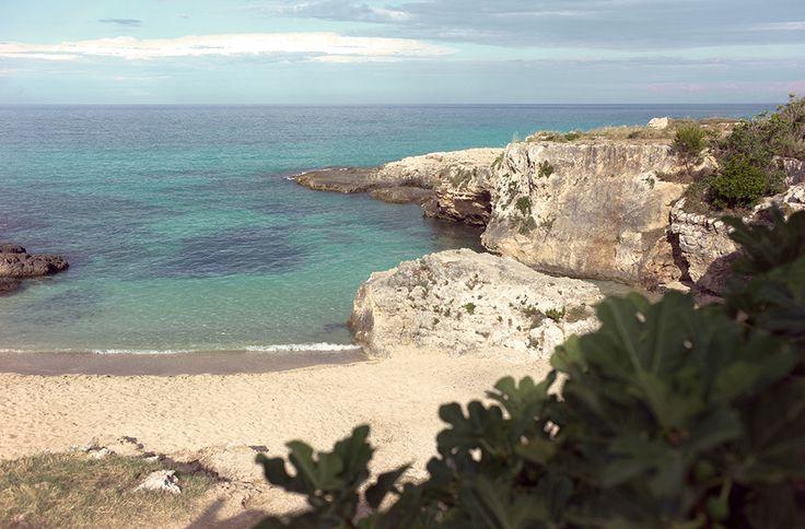 Copa Cabana vor Monopoli. Die Küste ist von vielen kleinen Sandbuchten gesäumt, das Wasser ist klar und sauber. Einfach die Taucherbrille aufsetzen, treiben lassen und kleine Fische beobachten.  / / / / / casapolpo.com (Ferienwohnung) CASA POLPO appartamento #italien #apulien #monopoli #puglia #italia #urlaub #ferienwohnung #casapolpo