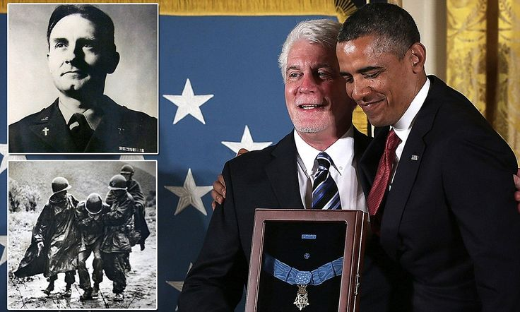 President Obama today awarded the nephew of Army chaplain Emil Kapaun with the military's highest honor, 60 years after the Roman Catholic priest died in a North Korean POW camp in Pyoktong.