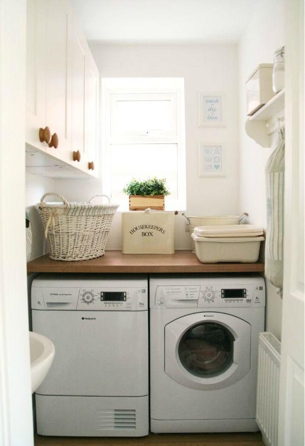 Inspiratie voor een kleine wasruimte. De juiste styling kan de was doen ineens een stuk leuker maken.