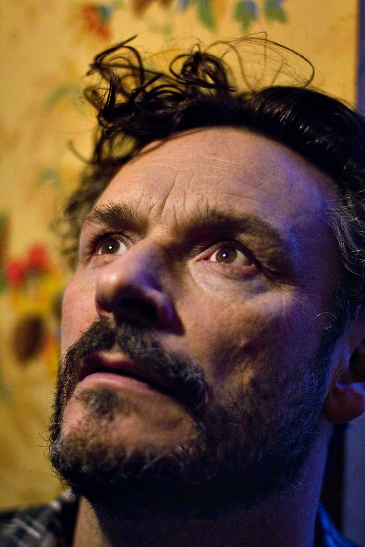 Julian_Barratt_01.jpg (1000×1500)