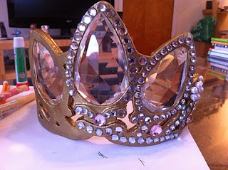 DIY tutorial for crown from Rapunzel!