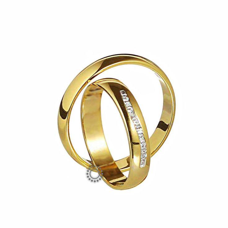 Ελληνικές γαμήλιες βέρες μοντέρνες και κλασικές με την υπογραφή του Χρήστου Τσέλου. Γαμήλιες βέρες Τσέλος Ε214ΚΜ4-Ε214ΚΜΠ4. Ελληνικός σχεδιασμός και κατασκευή βερών. Βέρες γάμου σε κλασικό σχήμα και ελαφρώς καμπυλωτή γυαλιστερή επιφάνεια σε Κ14 ή Κ18 χρυσό   Βέρες γάμου & αρραβώνα ΤΣΑΛΔΑΡΗΣ στο Χαλάνδρι #Tselos #βερες #γαμου #wedding #rings