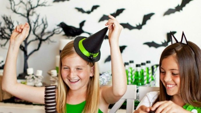 die besten 25 halloween party spiele ideen auf pinterest halloween party spiele halloween. Black Bedroom Furniture Sets. Home Design Ideas