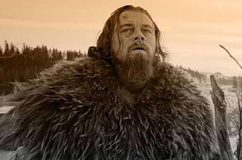 A reasons why he should get an Oscar for his role in the revenant because its took him about six months to grow the beard. He reveals that a make-up artist dripped wax into it (beard) every dat to give it the icy look it had in the film.  Well done Leo!  Next post kita akan kasih tips cara numbuhin jenggot dan rambut halus lainnya.  #leonardodicaprio #oscar #beardfact #beardgrooming by barberbros