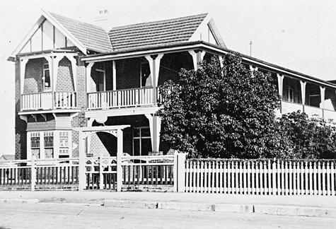 Holmesdale Guesthouse, Katoomba museumvictoria.com.au
