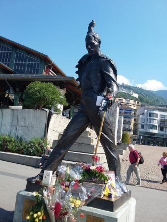 freddie mercury | Estatua de Freddie Mercury - Picture of Freddie Mercury Memorial ...