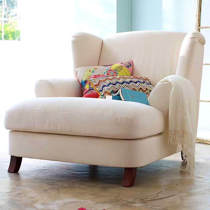 25 best ideas about comfy reading chair on pinterest for Oversized armchair
