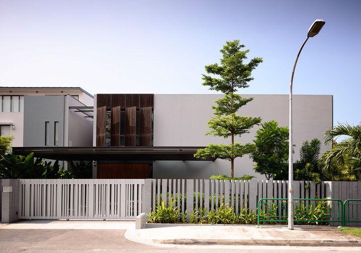Shifting Screens - HYLA Architects - Award winning Singapore architect firm