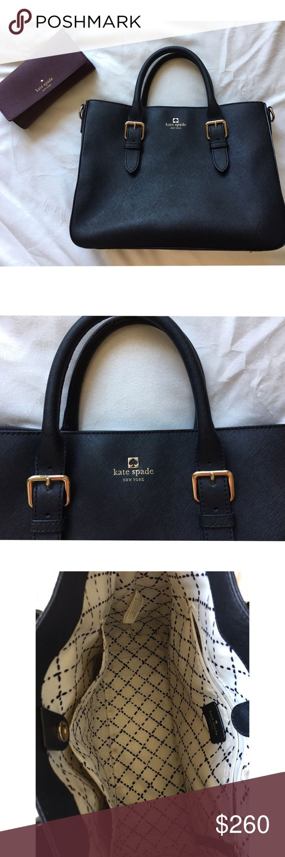 Kate Spade Black and Gold Handbag Very classy and sophisticated Kate Spade Handbag. Minor usage. Has a small makeup stain in the inside but easily able to clean. Looks brand new in person. Let me know if you have any questions! :) kate spade Bags Shoulder Bags
