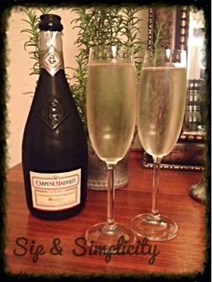 Sip and Simplify: Date Night lovely Prosecco