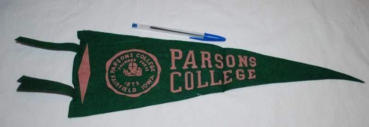 Vintage Parsons College Pennant Felt 1940s or 1950s Fairfield Iowa Green Pink