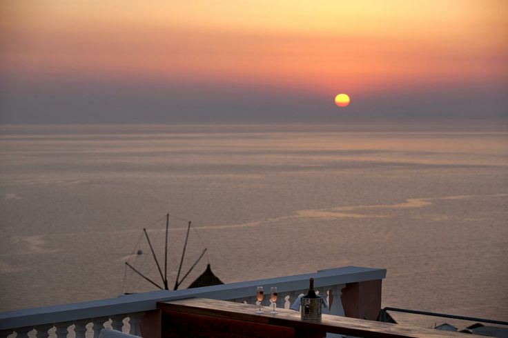 Enjoy the Famous Sunset of Santorini from your Private Villa - Oia Mansion