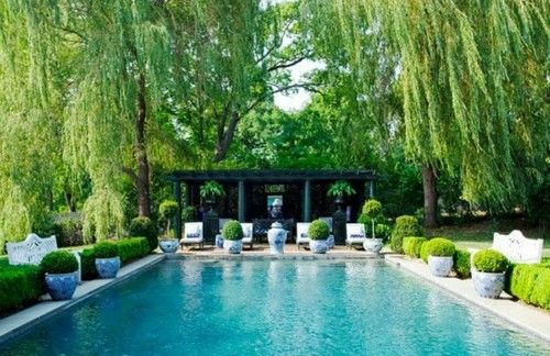 Under the weeping willows!: Pools Area, Pools Landscape, Swim Pools, Ginger Jars, Weeping Willow, Backyard, Dreams Pools, Chinoiserie Chic, Blue And White