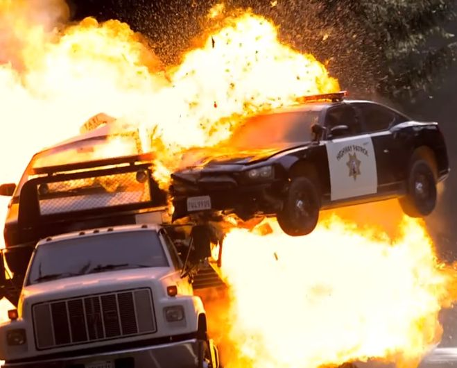 Supercars, car chases and explosions galore!! Check out the new #NeedForSpeed trailer. What do you think? http://www.carhoots.com/blog/video/the-full-length-need-for-speed-movie-trailer-is-nuts-video