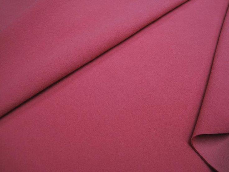 Ткань для пальто розовая