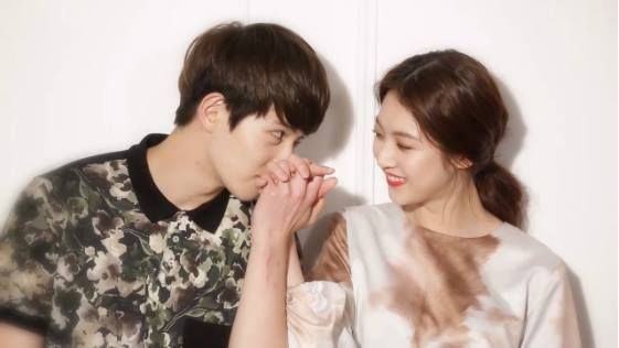 """We Got Married"" Gong Seung Yeon and Lee Jong Hyun Couple Pose for Romantic Photo Shoot"