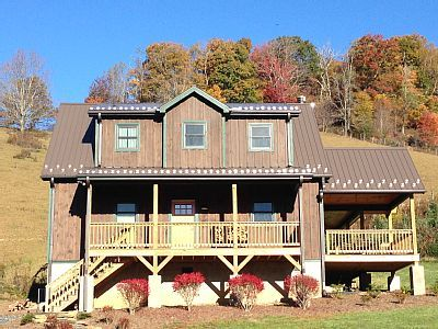 VRBO.com #750592 - A Unique Mountain Cottage on a Farm with Great Fishing, Trails and Parks Nearby