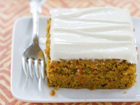 Rezept: Karottenkuchen mit Frischkäseglasur