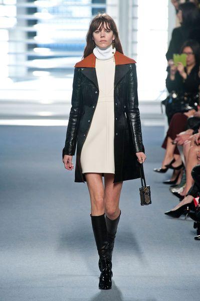 Mode à Paris FW 2014/15 – Louis Vuitton. See all fashion show on: http://www.bmmag.it/sfilate/mode-paris-fw-201415-louis-vuitton/ #fall #winter #FW #catwalk #fashionshow #womansfashion #woman #fashion #style #look #collection #modeaparis #louisvuitton @Louis Vuitton Official