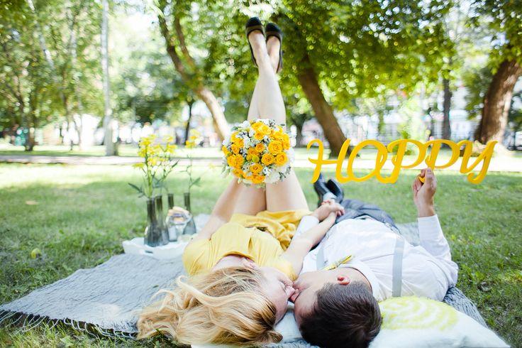 фотосессия, желтый, серый, любовь, счастье, поцелуй, галстук бабочка,желтое платье, подтяжки, лав стори, фотограф, свадебный фотограф, новосибирск, томск, фотограф на свадьбу, лето, yellow, grey, happy, love, wedding, love story, photographer, Novosibirsk, Tomsk, kiss, bow tie, yellow dress