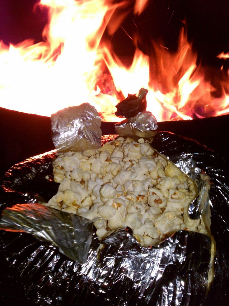 Perfect as an afternoon pick-me-up or treat for telling ghost stories, this campfire popcorn is a must-make item. Source: Flickr user slworking2