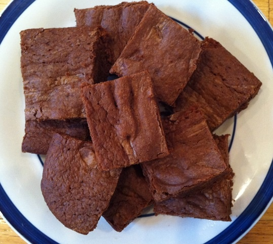 Homemade brownies fudge - adapted from Ghirardelli recipe - Real food - Kelly the Kitchen Kop