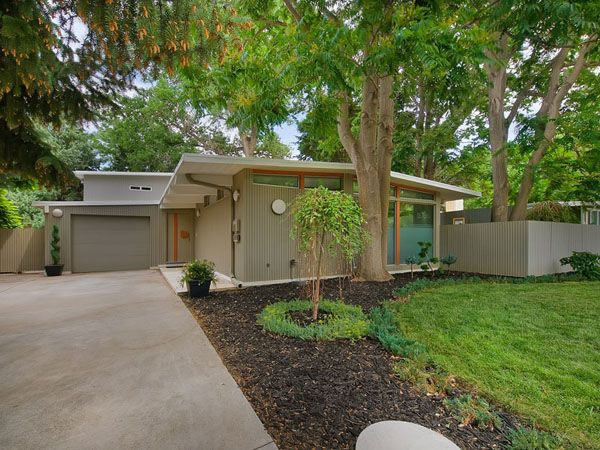 Spectacular Mid Century Modern Renovation Beautiful Exterior Colors And House