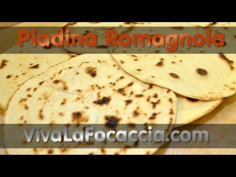 La Ricetta della Piadina Romagnola di http://vivalafocaccia.com Ingredienti - 430-450 g Farina 00 (W 200) - 100 g Acqua - 100 g Latte - 150 g di Strutto (o 8...