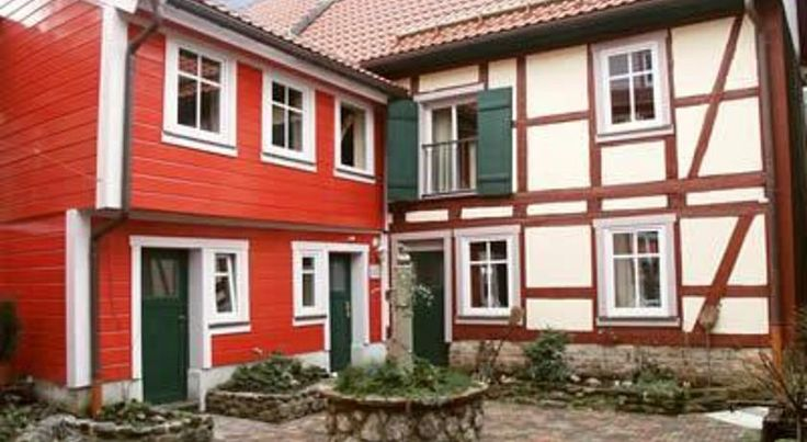 Pension Picco-Bello Clausthal-Zellerfeld This hotel occupies a quaint, renovated half-timbered house dating back to the 18th century in the centre of the climatic health resort Clausthal-Zellerfeld in the Harz nature park.
