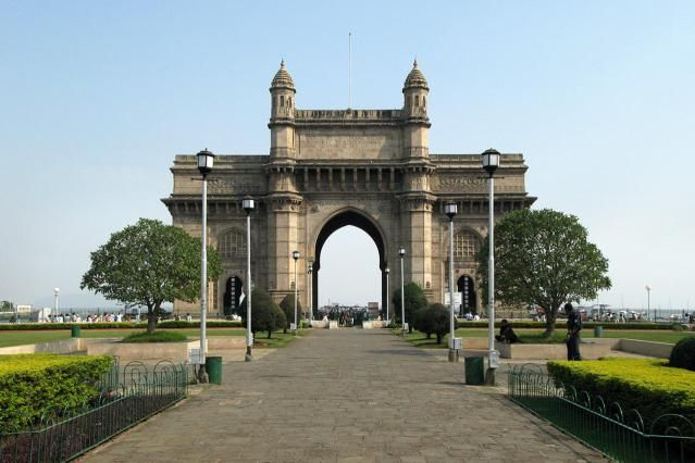 essay on gateway of india