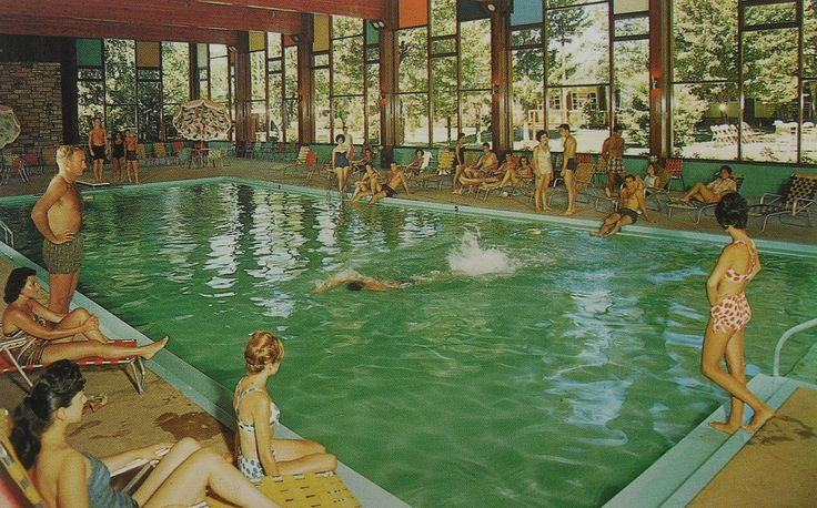 46 best images about vintage swimming pools and swimsuits on pinterest retro bathing suits for Public swimming pools portland or