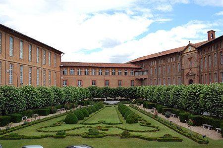 Jardins de l'hôtel Dieu Saint Jacques