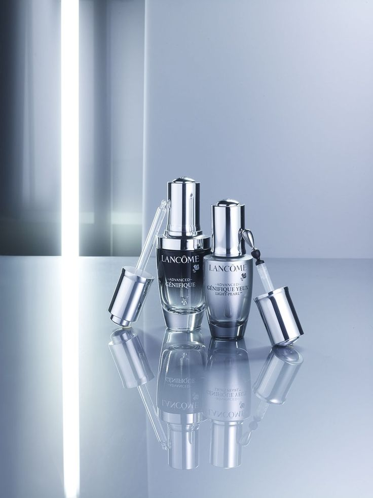 #Lancome #Genifique #reflection #CharlesHelleu #Stills #Still-life  #photography #cosmetics #beauty  Click  for more at http://www.eigeragency.com/photographers/charles-helleu